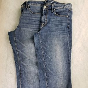 Bundle 2 pair Mossimo Midrise Straight Jeans 8/29R